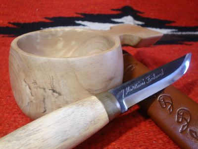 wooden cup with Puukko