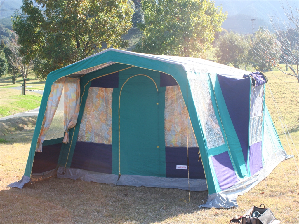 camp marechal compact tent luxe 4. Black Bedroom Furniture Sets. Home Design Ideas