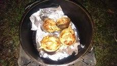 ダッチオーブンで作る秋茄子グラタン